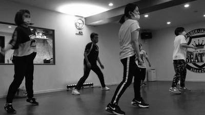 プロフィール|社会人ダンスサークル【emeth】
