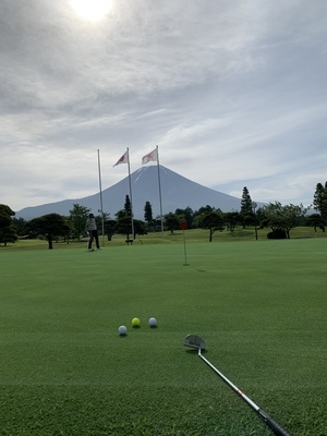 プロフィール|気楽にゴルフ倶楽部