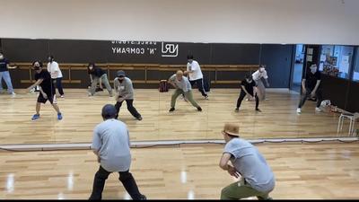 プロフィール dance circle Fox